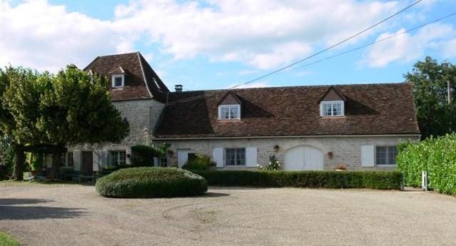 Location de gîtes à Saint-Michel-de-bannières (Lot 46110)